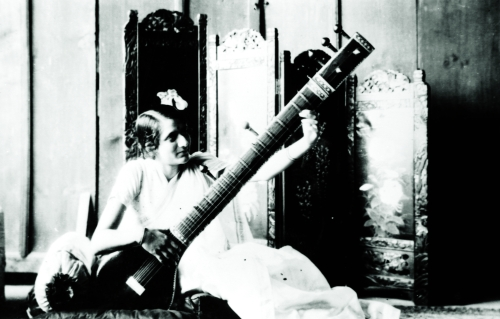 Figure 9. Manmohini with sitar, c. 1924