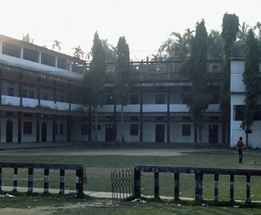 Rowlands Memorial High School  (Photo: www.rowlandsmemorialhighschool.com , accessed on 3 August, 2014)
